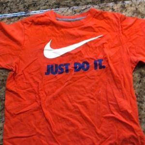 Nike youth large shirt